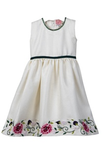 Cotton dress with floral embroidery
