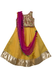 Embroidered blouse with lehenga and dupatta by Sugar Candy