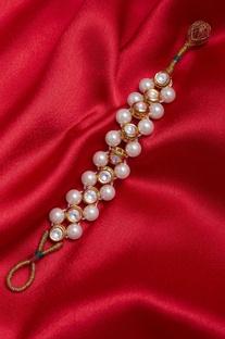 Kundan and pearl bracelet