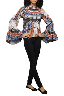 Marble print frill top