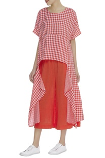 Chequered asymmetric blouse