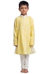 Flower embroidered kurta with churidar