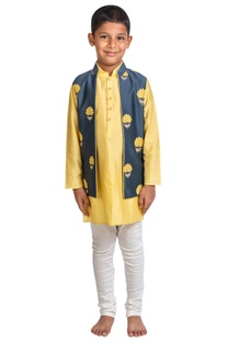 Floral embroidered jacket with kurta and pants