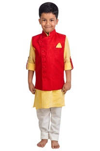 Kurta with wrap jacket and pants