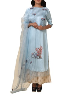 Bicycle embroidered kurta set