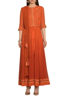 Brocade print anarkali kurta set with waistbelt