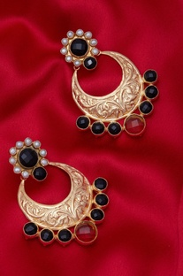Black beaded chandbalis