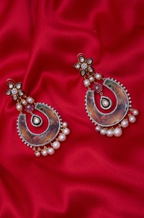Gold Plated Pearl Earrings.