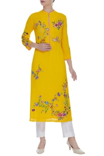 Bird And Flower Embroidered Kurta