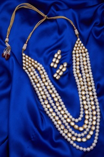 Layered Kundan & Pearl Necklace Set