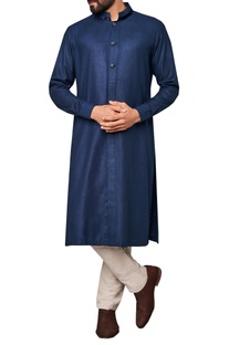 Zari textured buttons kurta