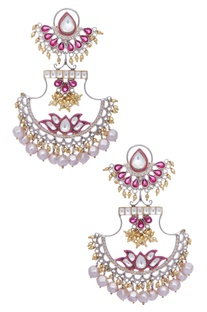 Kundan, jaal work & pearl earrings