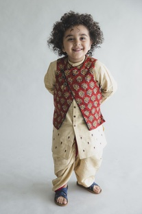 Kurta with reversible printed nehru jacket and dhoti pants