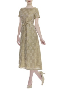 Jacquard dress with front tie up