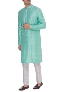 Kurta with mandarin collar