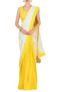 Jasmine bud foil print sari with blouse