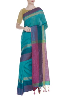 Handwoven sari with stripe pattern & unstitched blouse