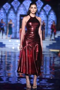 Tea length sleeveless dress