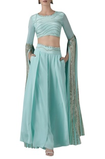 Elongated sleeves blouse with Wide Leg Pants