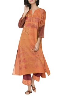 Printed notched collar kurta