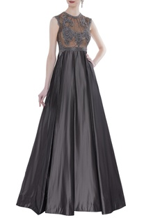 Sleeveless embroidered gown