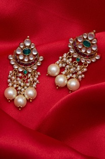Paachi kundan & pearl earrings