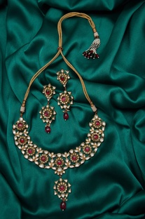 Kundan & stone paachi earrings with necklace