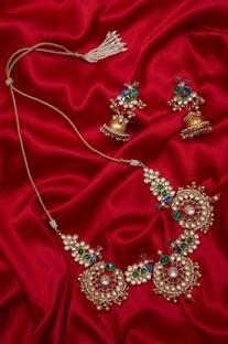 Handcrafted paachi kundan necklace & jhumka earrings