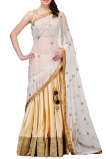 Ivory & cream embroidered�lehenga set