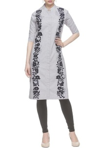 Grey threadwork embroidered kurta