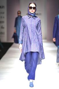 Cerulean blue printed kurta & trousers