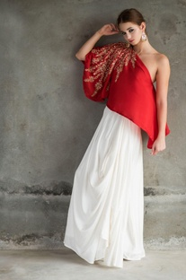 Red embroidered one-shouldered top & skirt set