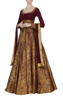 Burgundy & gold super flared lehenga with long sleeve blouse & net dupatta