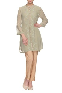 Sage green embellished kurta with collar