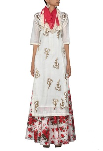 ivory-embroidered-kurta-with-floral-printed-skirt