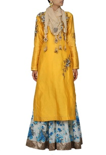 yellow-embroidered-kurta-with-floral-printed-skirt-and-stole