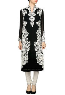 black-motif-embroidered-kurta-set