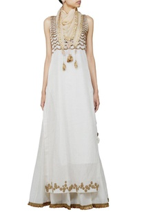 ivory-sequin-embellished-kurta-with-skirt-stole