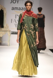 forest-green-embroidered-kurta-with-olive-skirt