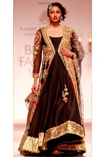 black-embroidered-jacket-with-anarkali-dupatta