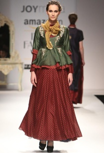 deep-green-blouse-with-maroon-printed-skirt