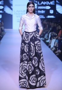 black-rose-cutwork-ball-skirt