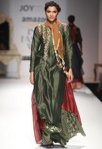 deep-green-embroidered-layered-kurta-with-skirt