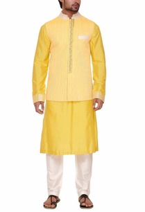 yellow-pleated-bandi-with-kurta-set