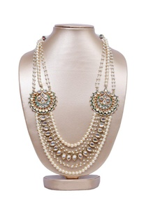 kundan-and-pearl-motif-layered-necklace