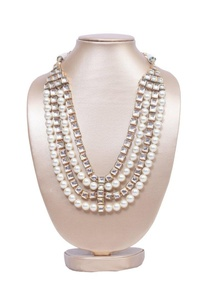 layered-pearl-and-square-kundan-necklace