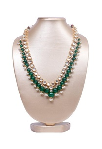 emerald-green-onyx-and-kundan-necklace