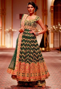emerald-green-and-pink-embroidered-anarkali-with-palazzos-dupatta