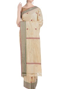 banarasi-silk-saree-with-unstitched-blouse