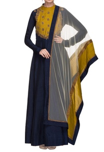 midnight-blue-embroidered-anarkali-with-two-toned-dupatta